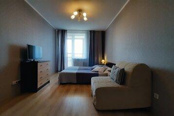 1-комн. квартира, 38 кв.м. на 3 человека, улица Михаила Дудина, 10, Санкт-Петербург - Фотография 1