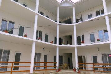 Гостевой дом, ул. Гуль-Тепе, 16 на 6 комнат - Фотография 1