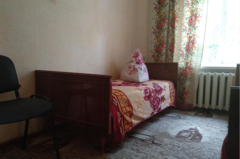 Дом, 65 кв.м. на 5 человек, 3 спальни, улица Строителей, 48, Керчь - Фотография 6