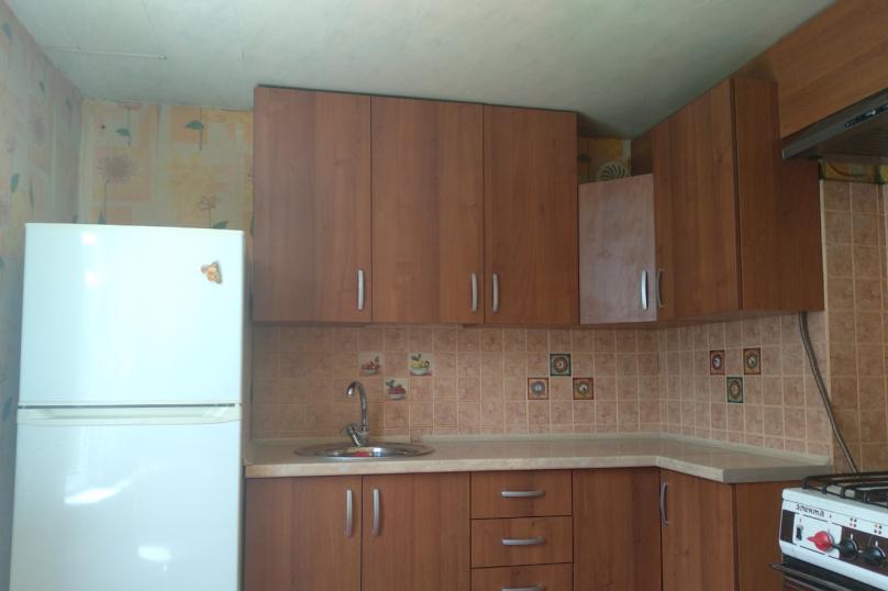 Дом, 65 кв.м. на 5 человек, 3 спальни, улица Строителей, 48, Керчь - Фотография 9