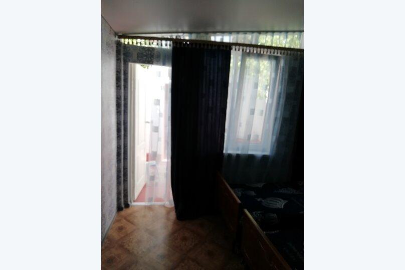 Сдаю дом   под   ключ, 45 кв.м. на 6 человек, 2 спальни, Таврическая улица, 12, Алушта - Фотография 12