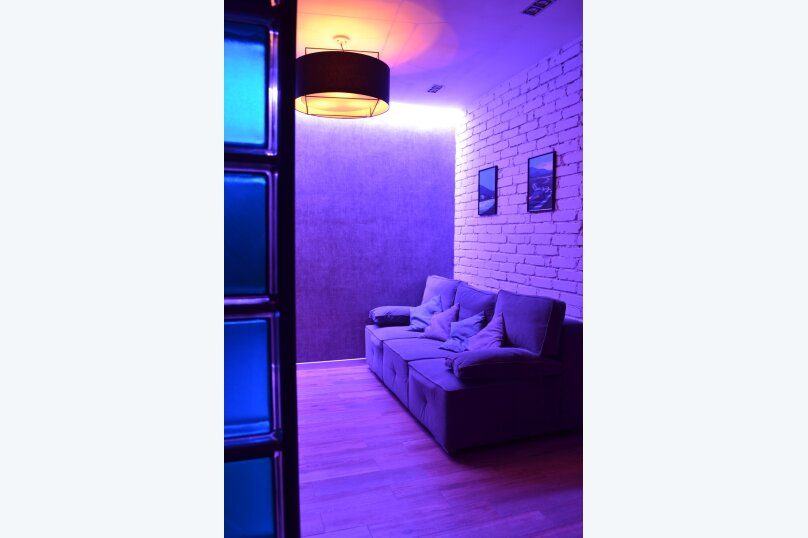 2-комн. квартира, 60 кв.м. на 6 человек, улица Карла Маркса, 17, Новороссийск - Фотография 15