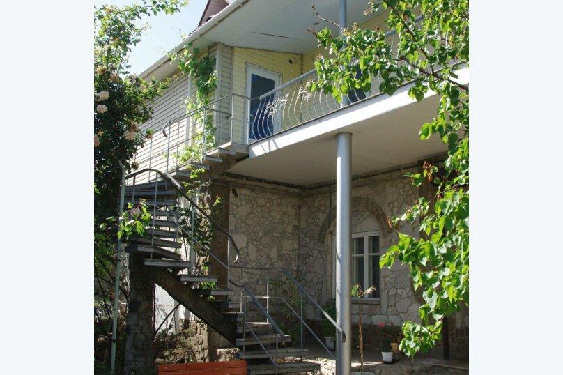 4-местный номер, Корабельная улица, 32, Феодосия - Фотография 1