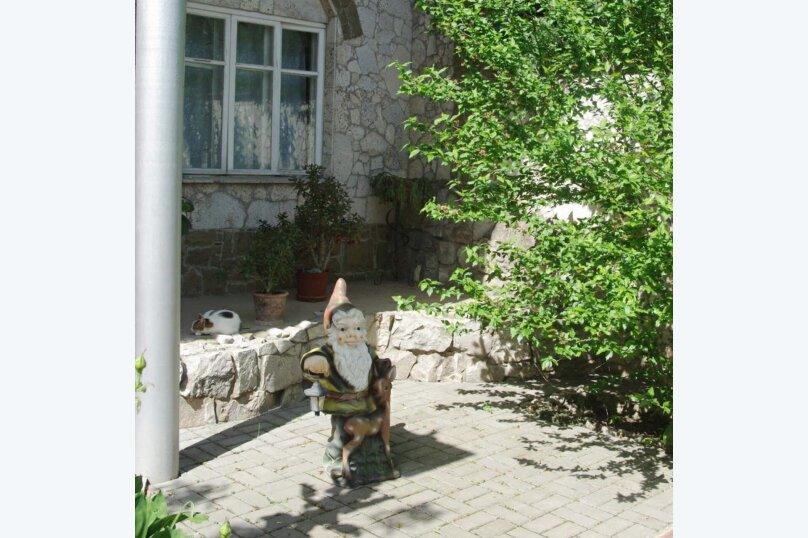"""Гостевой дом """"Летний"""", Корабельная улица, 32 на 6 комнат - Фотография 38"""
