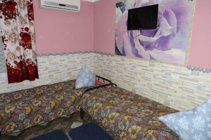 """Гостевой дом """"На Гагарина 32"""", улица Гагарина, 32 на 4 комнаты - Фотография 29"""