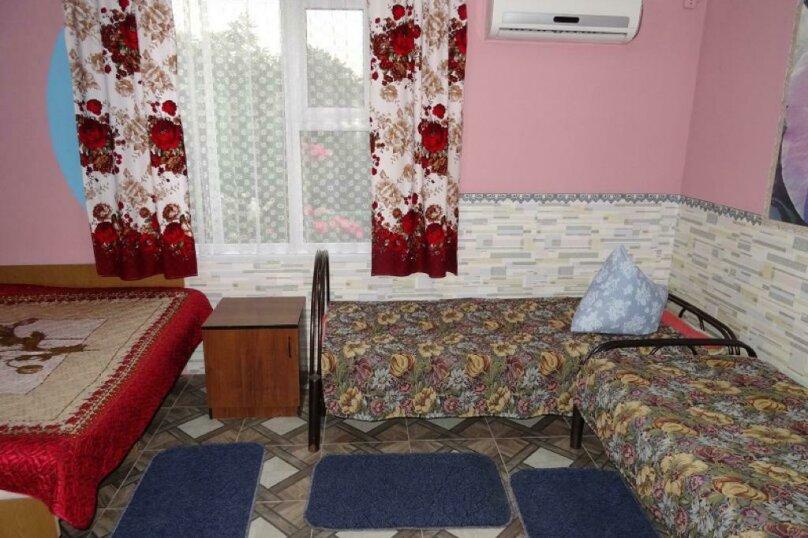 4-х местный номер, улица Гагарина, 32, Кучугуры - Фотография 1