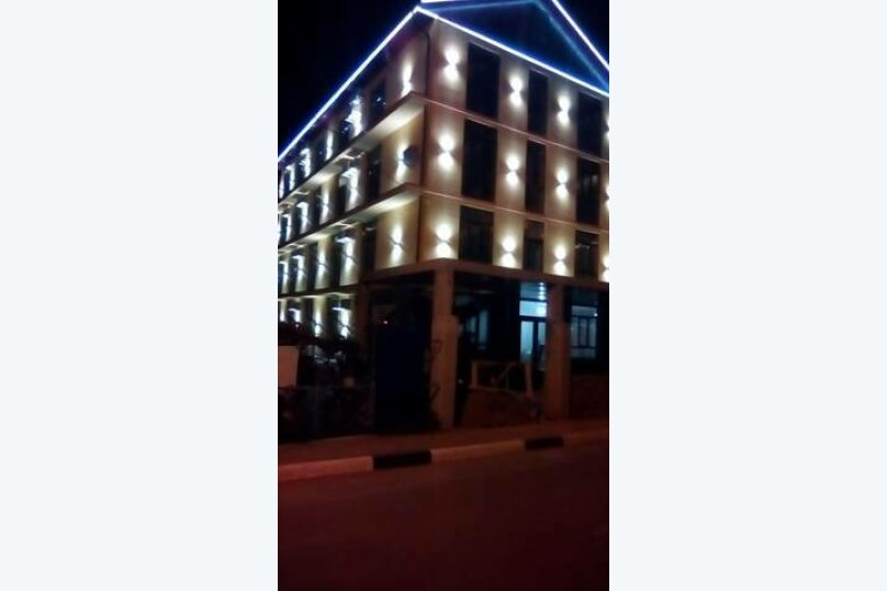 """Гостевой дом """"Риф"""", Черноморская улица, 14А на 6 комнат - Фотография 3"""
