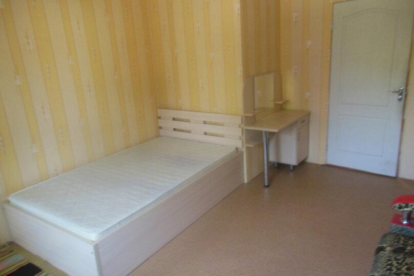 Номер 15 м/кв в 2х комнатном гостевом блоке частного коттеджа., улица Народных Ополченцев, 35, Севастополь - Фотография 3