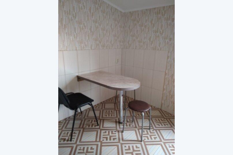 Номер 15 м/кв в 2х комнатном гостевом блоке частного коттеджа., улица Народных Ополченцев, 35, Севастополь - Фотография 4