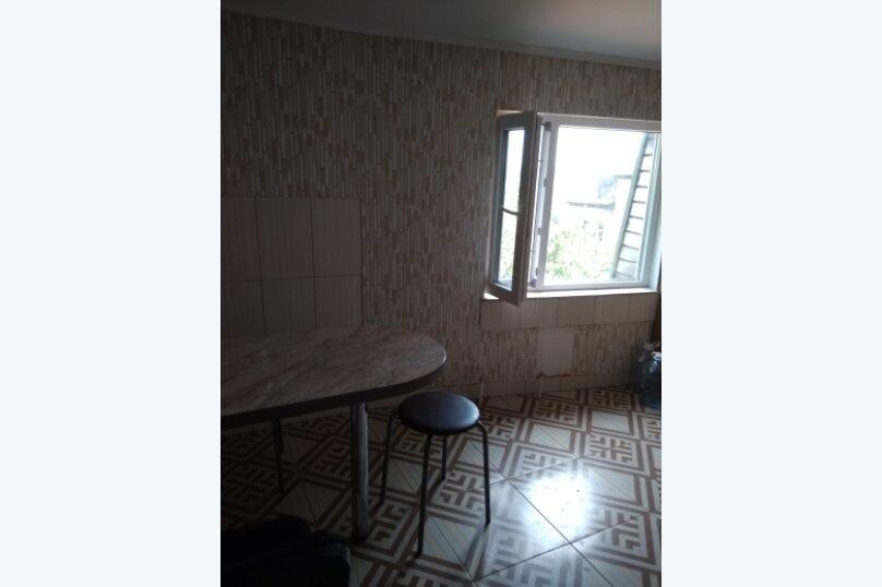 Номер 15 м/кв в 2х комнатном гостевом блоке частного коттеджа., улица Народных Ополченцев, 35, Севастополь - Фотография 5