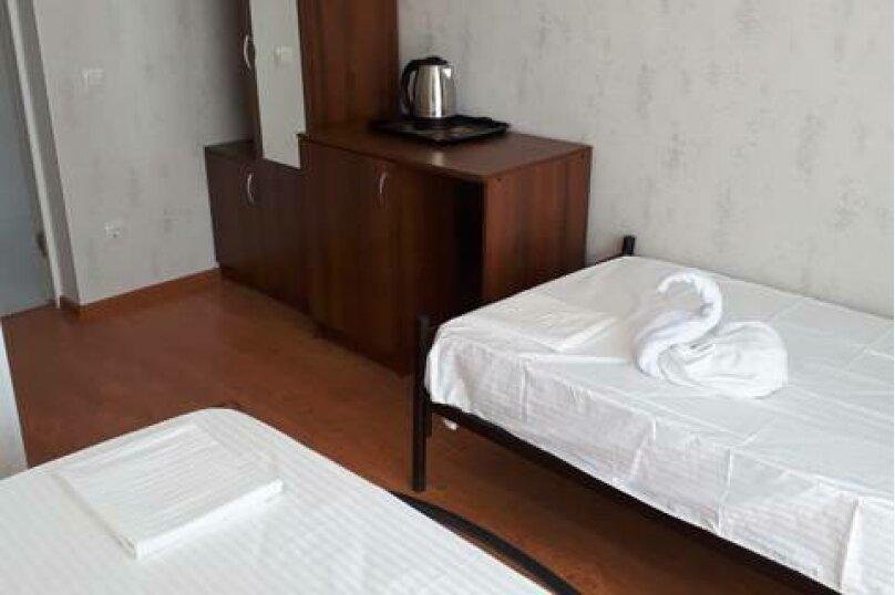 """Гостевой дом """"Риф"""", Черноморская улица, 14А на 6 комнат - Фотография 17"""