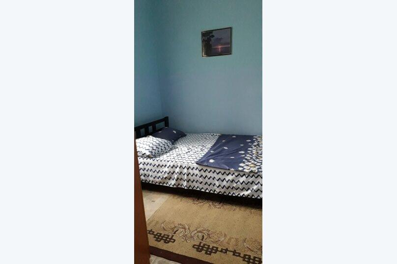 3- х комнатный дом с отдельным двором, 60 кв.м. на 6 человек, 2 спальни, улица Кирова, 12, Евпатория - Фотография 11