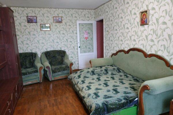2-комн. квартира, 55 кв.м. на 4 человека, Крымская улица, 82Б, Феодосия - Фотография 1