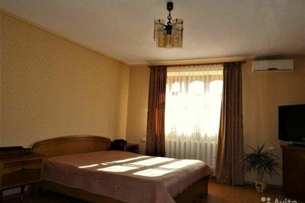 1-комн. квартира, 50 кв.м. на 4 человека, улица 8 Марта, 2, Евпатория - Фотография 1