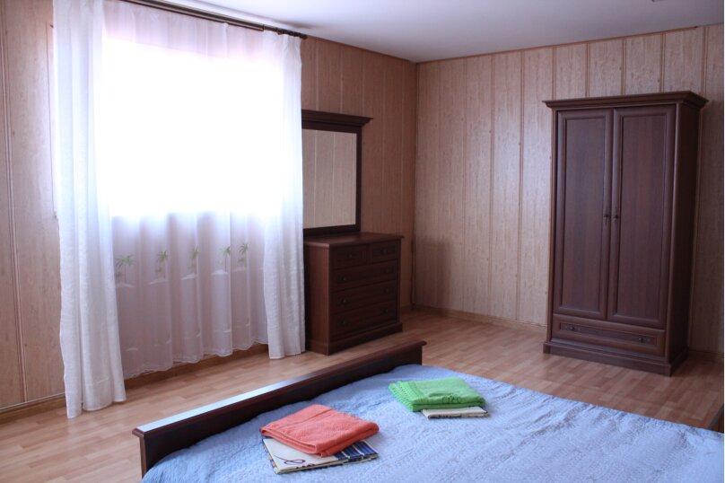 двухкомнатный, двухуровневый 3-й этаж, улица Пушкина, 16, Феодосия - Фотография 15