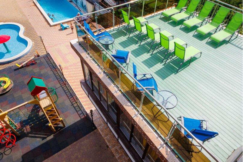 Дом для отдыха с 2 бассейнами , 60 кв.м. на 8 человек, 1 спальня, улица Островского, 56, Геленджик - Фотография 23