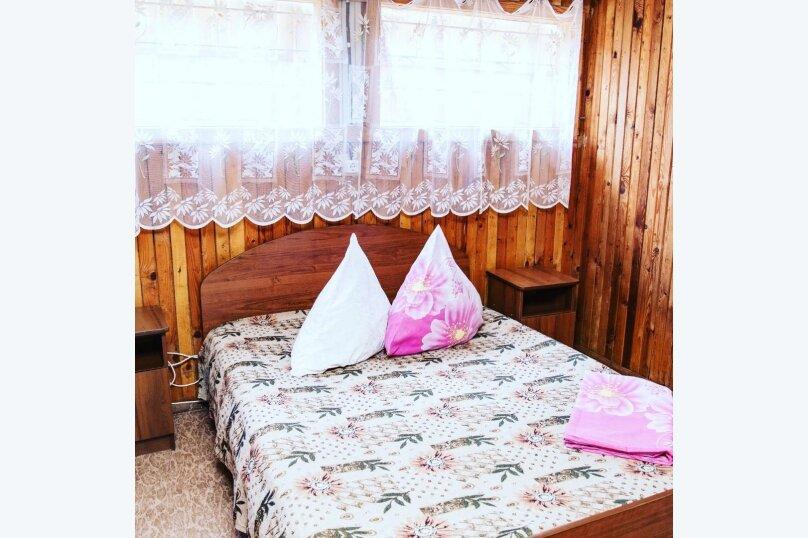 3-х местный номер с удобствами в домике, Набережная улица, 57, Голубицкая - Фотография 3