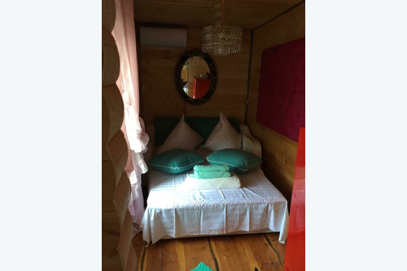 Небольшой домик с отдельным двориком и со своей кухней на 3-4 человека, 20 кв.м. на 4 человека, 1 спальня, Хвойная улица, 63, Лазаревское - Фотография 9