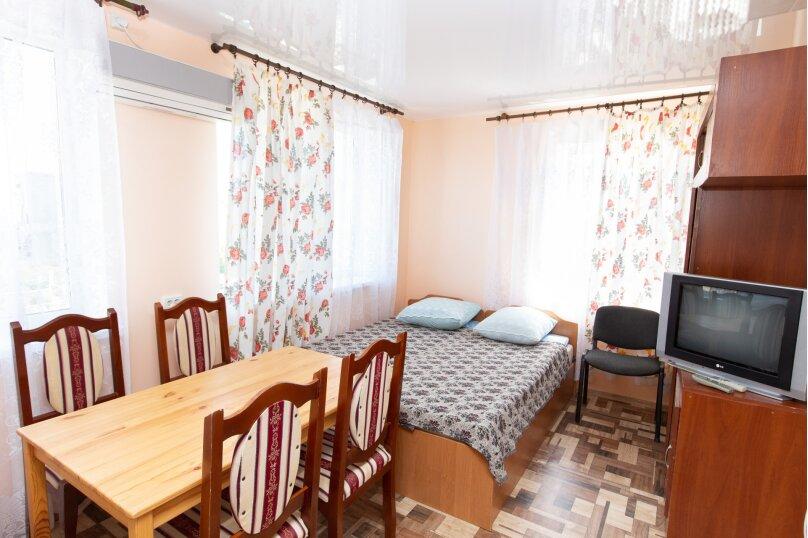 """Гостевой дом """"Дольче Вита"""", Черноморская, 48 на 22 комнаты - Фотография 27"""