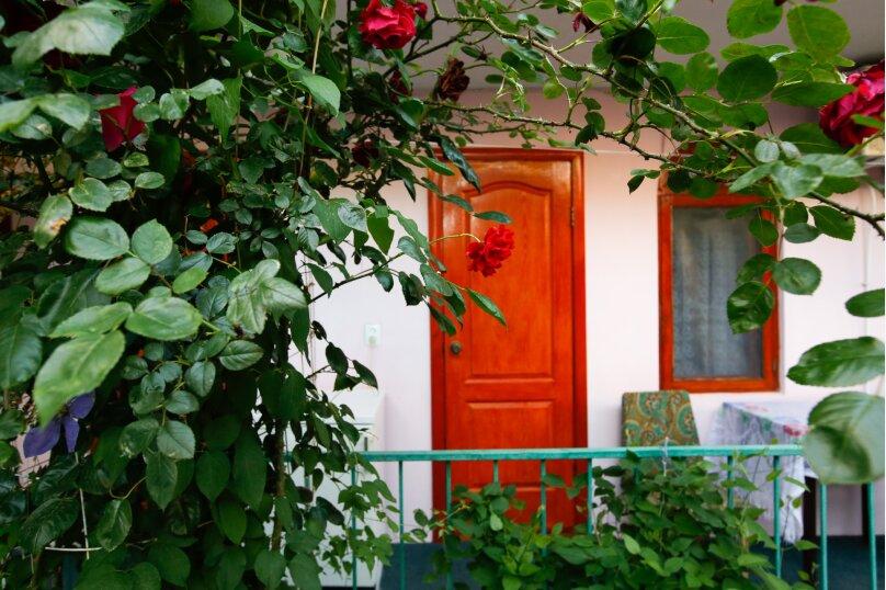 """Гостевой дом """"Дольче Вита"""", Черноморская, 48 на 22 комнаты - Фотография 32"""