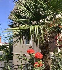2-комн. квартира, 50 кв.м. на 4 человека, переулок Батурина, 18, Ливадия, Ялта - Фотография 1