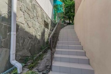 Частная гостиница , Солнечная улица, 2 на 6 номеров - Фотография 2