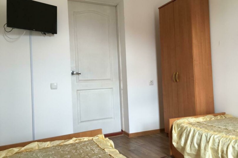 Четырехкомнатная квартира , Первая улица, 1А, Черноморское - Фотография 7