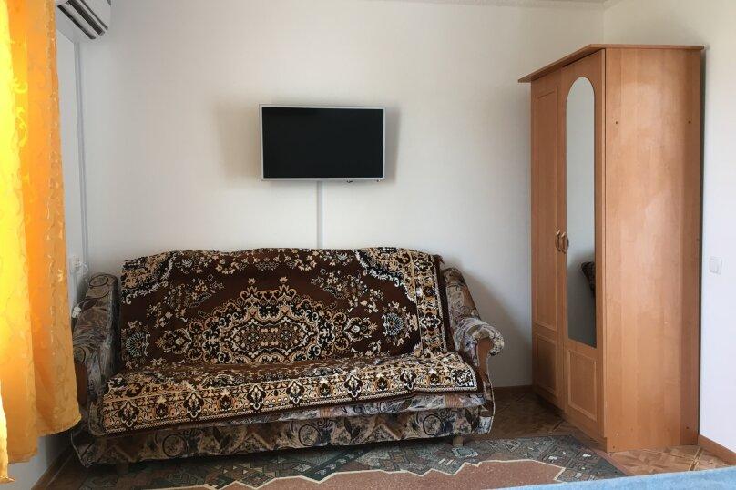 Четырехкомнатная квартира , Первая улица, 1А, Черноморское - Фотография 12
