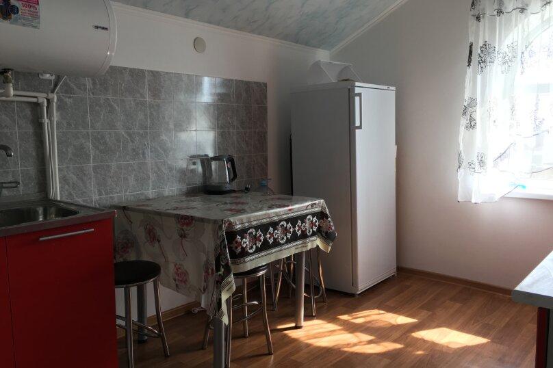 Четырехкомнатная квартира , Первая улица, 1А, Черноморское - Фотография 20