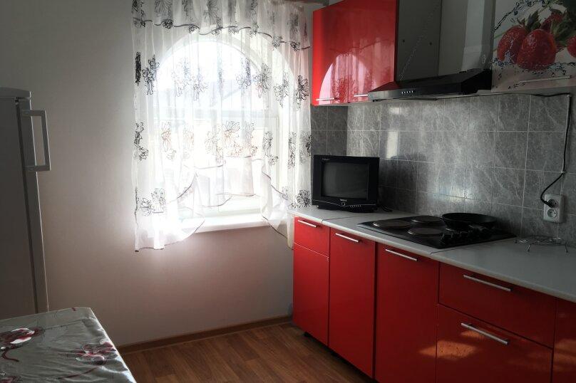 Четырехкомнатная квартира , Первая улица, 1А, Черноморское - Фотография 21
