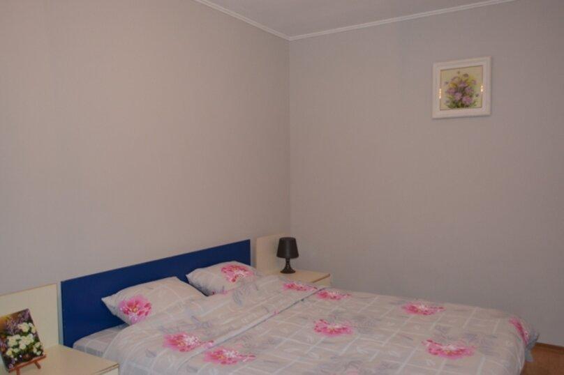 Отдельно стоящий домик с закрытой территорией, 110 кв.м. на 10 человек, 3 спальни, улица Дмитриева, 16А, Ялта - Фотография 8