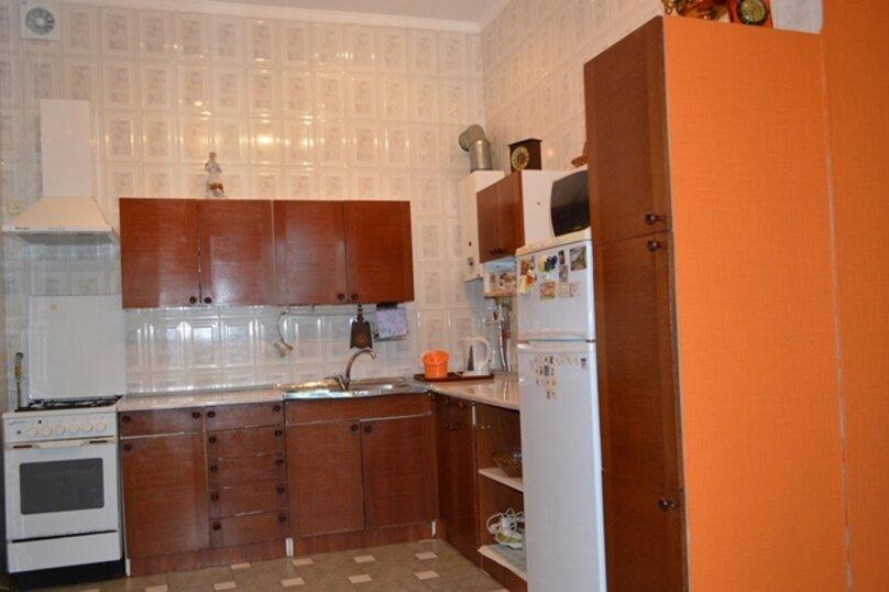 Отдельно стоящий домик с закрытой территорией, 110 кв.м. на 10 человек, 3 спальни, улица Дмитриева, 16А, Ялта - Фотография 14