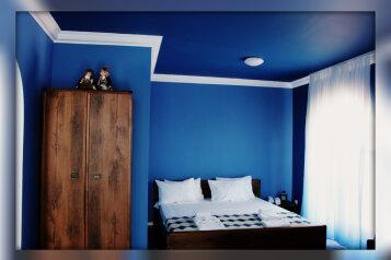 Семейный Люкс:  Номер, Люкс, 6-местный, 2-комнатный, Мини-отель, Приморская улица, 14 на 3 номера - Фотография 4