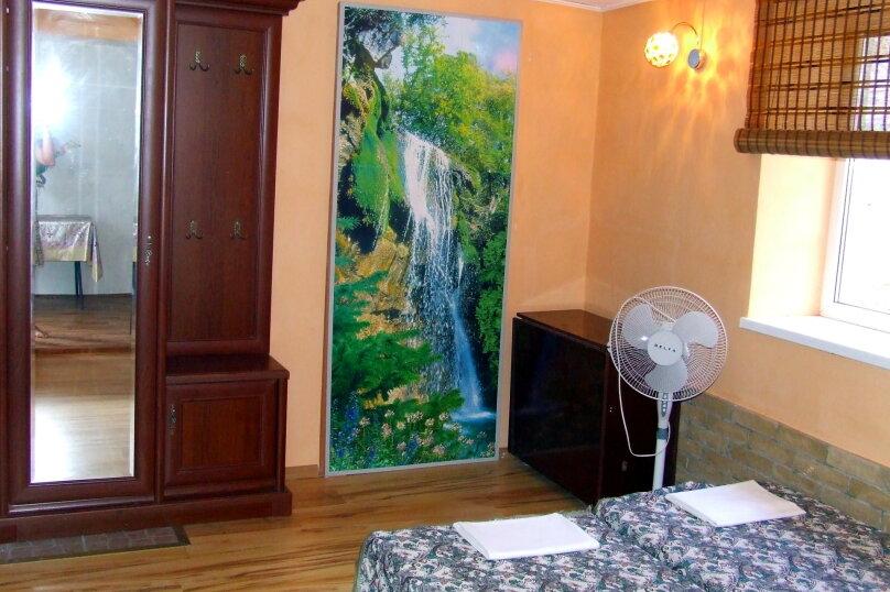 """Гостевой дом """"Розмарин"""", улица Спендиарова, 31 на 4 комнаты - Фотография 22"""