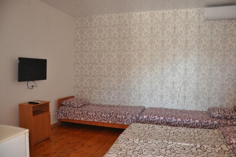 Одна комнатный на 3- 4человек , 50 кв.м. на 4 человека, 1 спальня,  Морское  ул. Озен-Бою   п. 3, д. 1,  ,    п. 3, д. 1, , Морское - Фотография 6