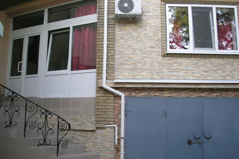 Апартаменты с двориком, Алупкинское шоссе, 74А, Мисхор - Фотография 16