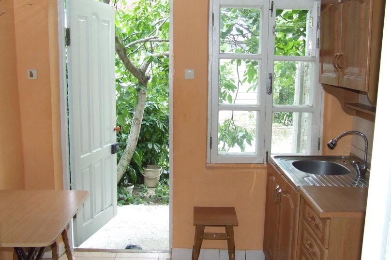 """Гостевой дом """"Розмарин"""", улица Спендиарова, 31 на 4 комнаты - Фотография 15"""