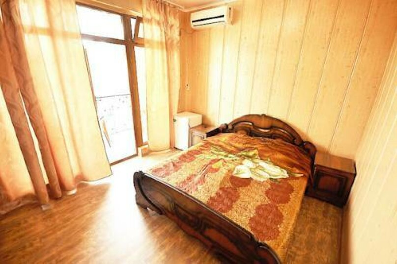 Стандартный двухместный номер с 1 кроватью без балкона, Революционная улица, 108, Кабардинка - Фотография 1