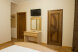 Стандарт с душем 3-х местный (двухспальняя и односпальняя кровати):  Номер, Полулюкс, 3-местный - Фотография 31