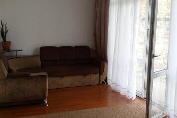Дом, 100 кв.м. на 7 человек, 2 спальни, 11-я Садовая улица, 527, Евпатория - Фотография 2