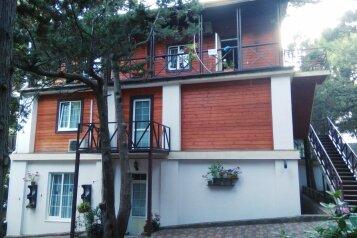 Дом, 150 кв.м. на 8 человек, 4 спальни, Алупкинское шоссе, 60Ж, Ялта - Фотография 1