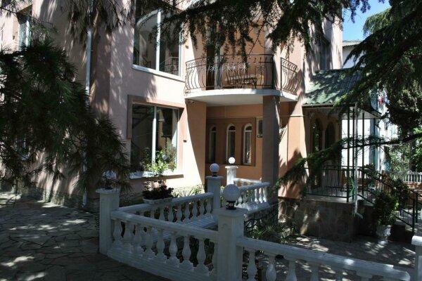 Гостевой дом, 50 лет Октября/Партизанская улица, 11А на 9 номеров - Фотография 1