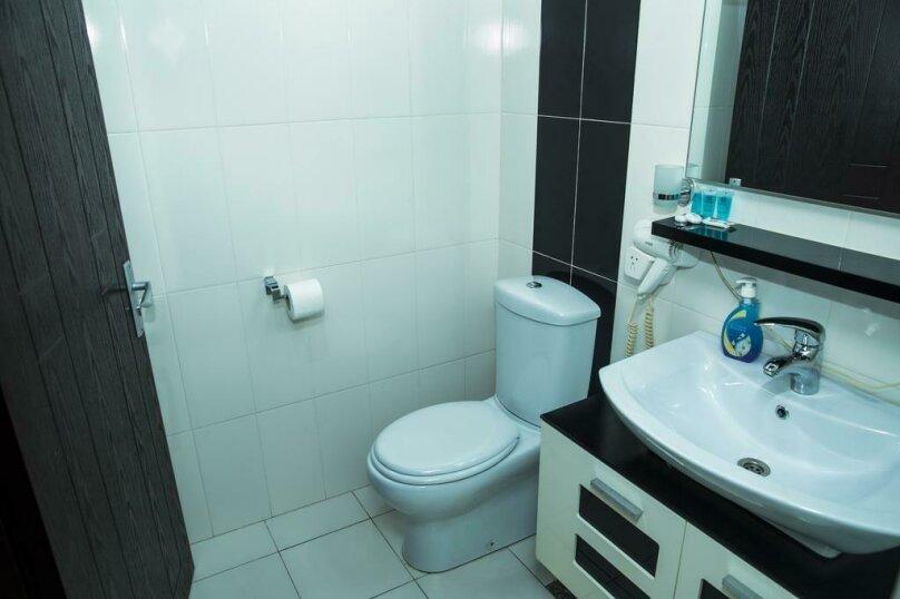Стандартный двухместный номер с 1 кроватью, улица Чавчавадзе, 5, Батуми - Фотография 2