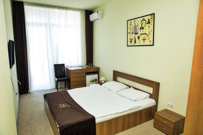 Стандартный двухместный номер с 1 кроватью, улица Чавчавадзе, 5, Батуми - Фотография 3