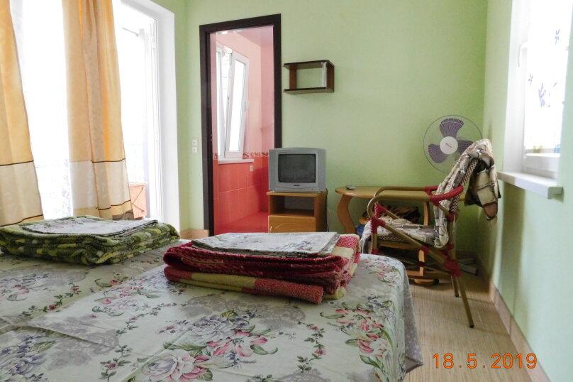 На 2 этаже для двоих с балкончиком, Заречная улица, 4, Алушта - Фотография 1