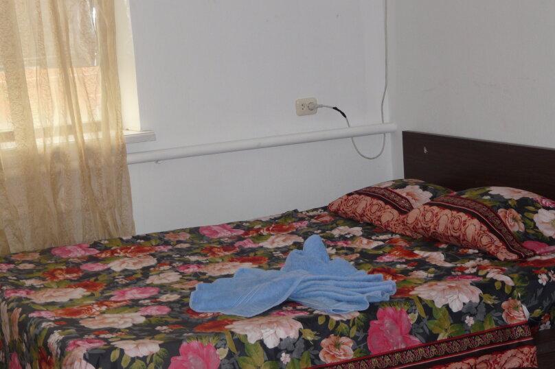 """Гостевой дом """"Клавдия"""", Апрельский переулок, 19 на 5 комнат - Фотография 37"""