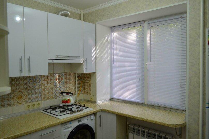 2-комн. квартира, 45 кв.м. на 4 человека, улица Вересаева, 1, Феодосия - Фотография 8