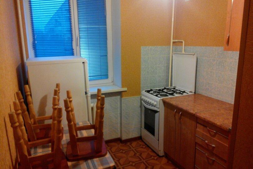 1-комн. квартира, 30 кв.м., улица 1-й Конной Армии, 17, Симферополь - Фотография 1