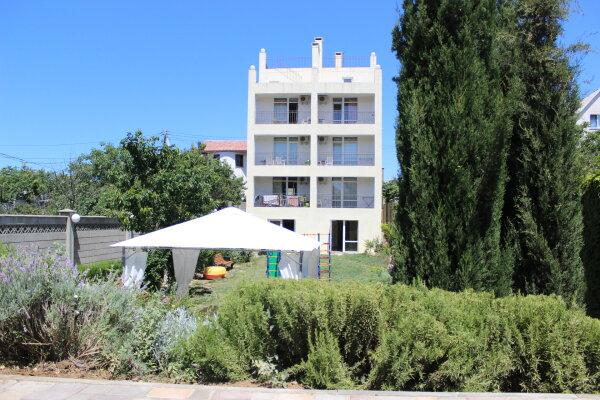 Гостевой дом , улица Симонок, 119 на 8 номеров - Фотография 1