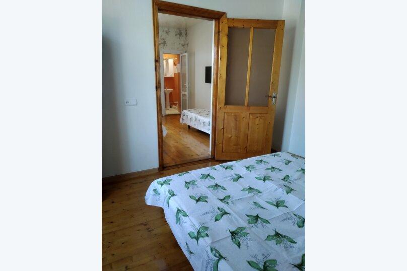 Коттедж на 5 человек , 100 кв.м. на 5 человек, 5 спален, ул.Озен-Бою, п-3,д-1, Судак - Фотография 4